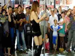 日本美女钢管舞