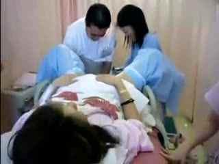 实拍 外国女人自然分娩全过程