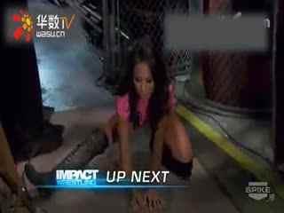 wwe女子撕衣高清女子摔跤视频