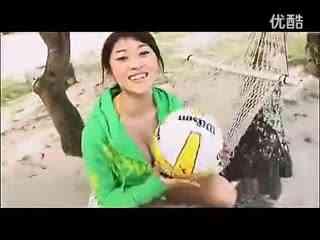 日本美女原千惠海滩清凉写真沙滩排球秀