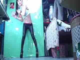 美女自拍热舞