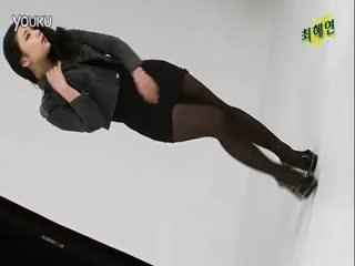 【腿模诱惑】美女黑丝腿模show