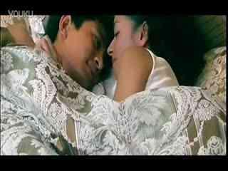 贾乃亮万茜激情床戏吻戏片段高清版
