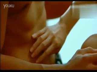 吻戏床戏 演员必备 《出浴美人》激吻戏床片段大全