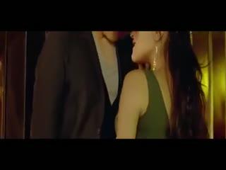《喜爱夜蒲》浴室激情床吻戏精彩片段