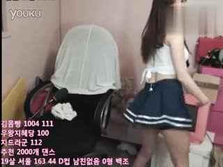 【真韩国女主播】韩国美女热舞极品短裙热舞逆袭