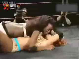 wwe女子摔跤大赛视频