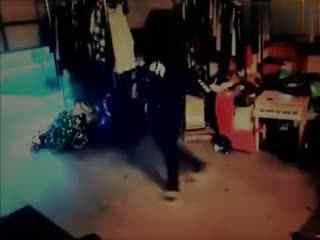 鬼步舞教学 最好的美女鬼步舞视频