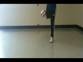 足球基础教学视频 脚尖后拉起球-c--华数TV