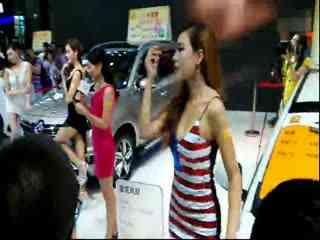 2014深圳车模美女的视频