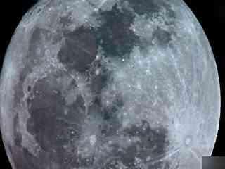 天文学家拍到黑色ufo飞过月球表面
