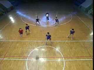 排球视频教学 38 三人接发球 副攻训练 防反串联