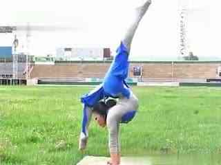 柔术训练 被动柔术 杂技柔术图片