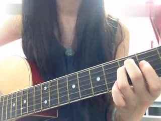 【|美女吉他弹唱爵士版小苹果超好听附曲谱|】