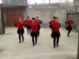 套马杆街舞少年_周思萍广场舞套马杆32步 广场舞一等奖视频