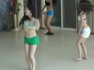 美女教练 性感肚皮舞 肚皮舞视频