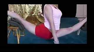 中国柔术美女 杂技柔术软功