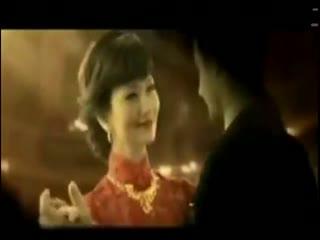 白娘子赵雅芝穿豹纹裙捞金 不老女神赵雅芝微笑显亲和图片