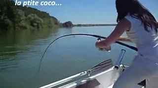 美女钓鱼太疯狂 垂钓 钓鱼