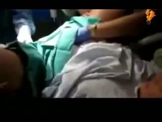 生孩子手术视频实拍 女性生孩