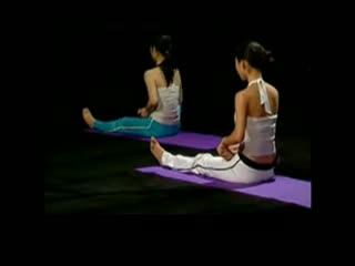 v瑜伽瑜伽初级入门瑜伽教程瘦腿视频塑腿练习瘦两侧腰的肉的基础图片