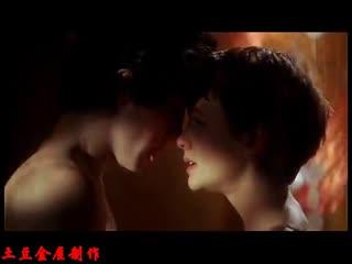 欧美电影温柔的爱吻戏