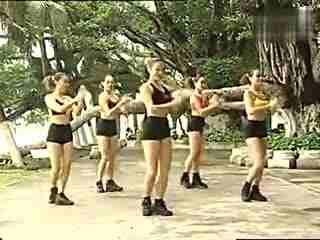 韩国性感美女瑜伽教练