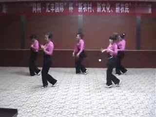 阿梅广场舞教学:心在云上飞
