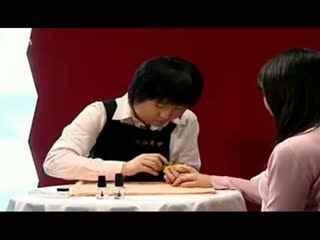 美甲教程视频_桃红色玫瑰花美甲_法式美甲教魂斗罗教程4图片