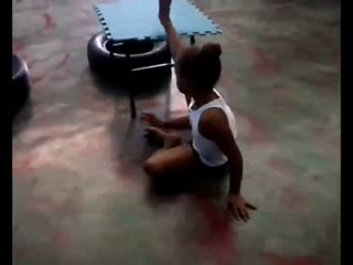 软功柔术 儿童杂技团柔术训练图片