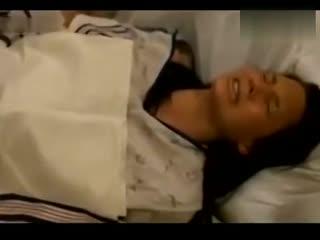 欧美女人生孩子的视频_女人生孩子视频 产房分娩视频 女人生孩子 临盆 分娩