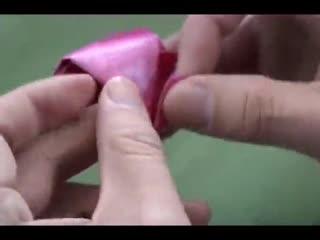 简单折纸玫瑰花步骤图解图片