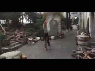 视频教学街舞女生后空翻特技前空翻技巧侧空两空翻跳舞视频教学视频图片