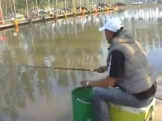 钓鱼专辑视频教学a专辑技巧千渔秘诱野钓视频媚娘妆的步骤图片