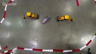 新车资讯:RC遥控赛车炫技 另类漂移玩出新花样