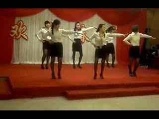 简单年会舞蹈教学视频 年会创意节目 年会舞蹈
