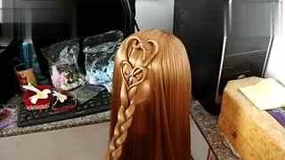 才女休闲编发教程:简单的新娘发型