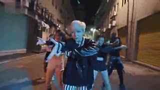 舞蹈教学视频一学就会:帅气女生舞蹈模仿BIGB