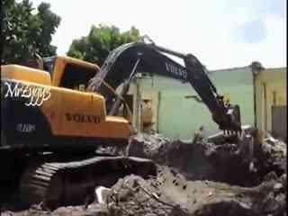 挖掘机工作视频表演 施工现场挖机装车4