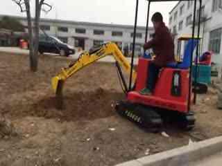 挖机操作技巧视频 挖掘机装车 1 1