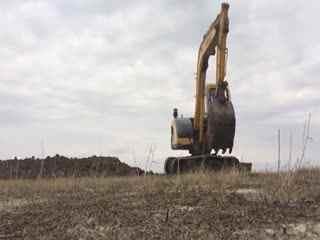 挖机操作小米手机:超级拖拉机推土机挖掘机工视频技巧模拟器操作方法图片