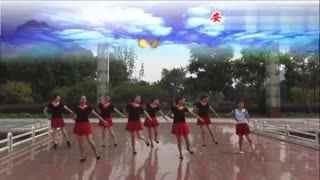 安庆小红人广场舞 小小姑娘