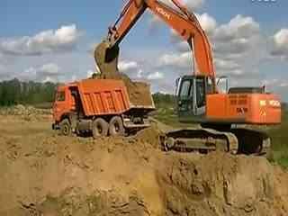 儿童挖土机工作视频