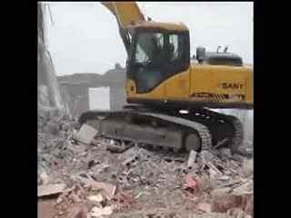 钩机视频大全 挖掘机工作视频表演 挖掘机装车龙