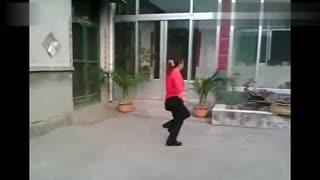 翟镇兴隆广场舞 爱疯舞