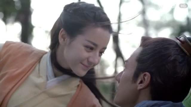 《秦时丽人明月心》首款片花来袭:迪丽热巴遭花式强吻