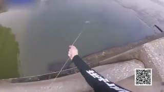 美国奇汉用弓箭射鱼_百步穿杨钓大鱼