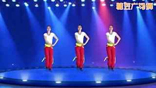 糖豆广场舞 活力健身舞《女神也烦恼》