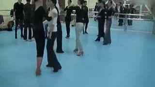 拉丁舞单人步法全集教学拉丁舞基本基础--华数正常人被调教成努力图片