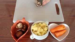 肥牛宝宝食谱大全金汤瞬间吃光光的早餐儿童排骨香菇面怎么做图片